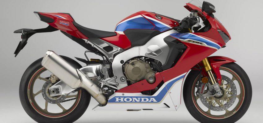 Honda Fireblade: 25 anni e una storia che continua