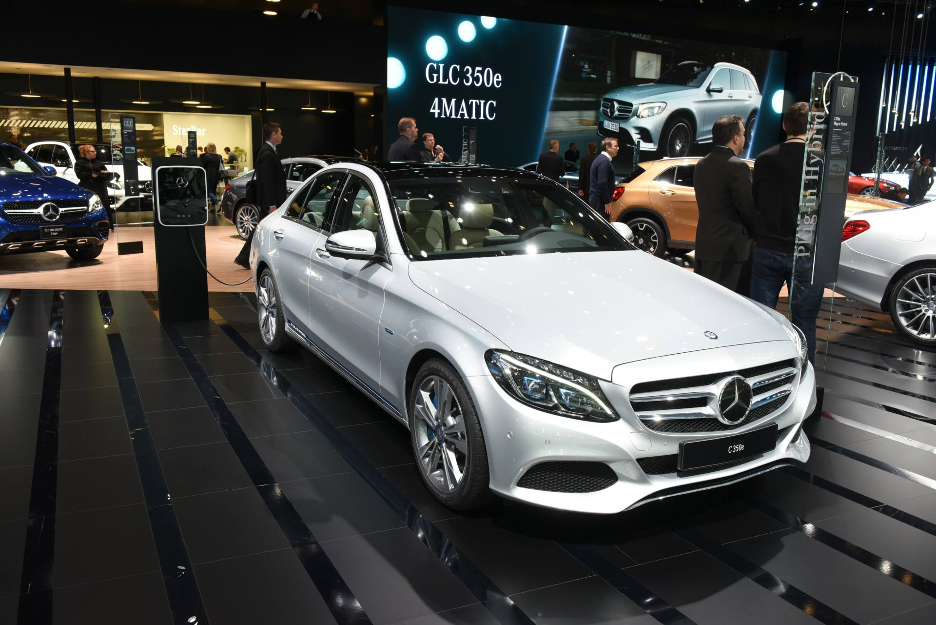 Lo stand di Mercedes-Benz all'Auto Show di Detroit