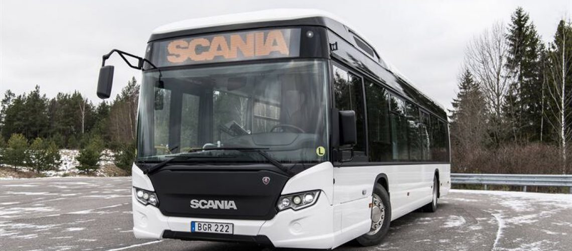 Scania sperimenta in città i suoi bus elettrici