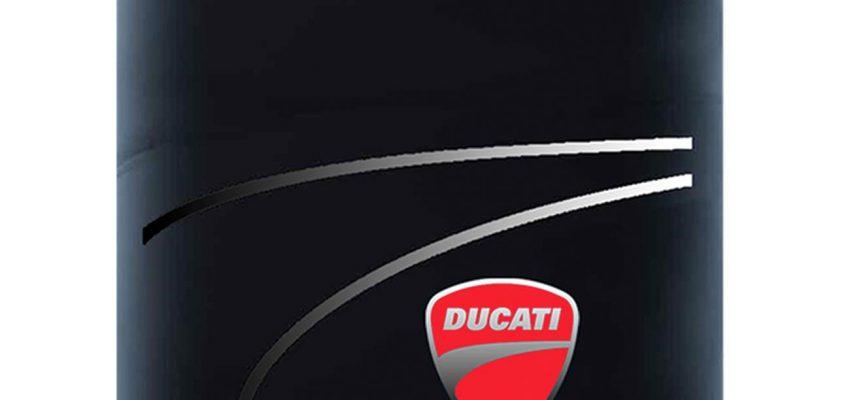 """Ducati fa 90 e lancia la linea di fragranze """"1926"""""""