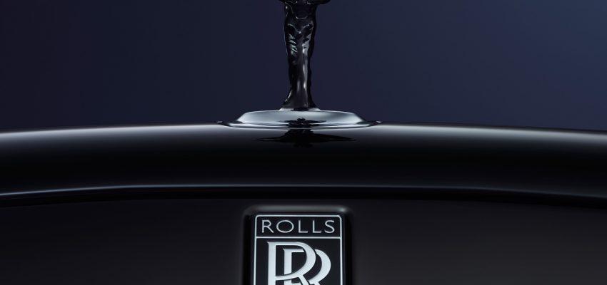 Rolls-Royce e la mitica statuetta dipinta di nero
