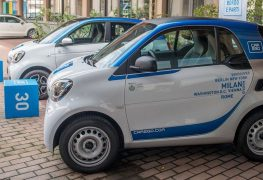 """Auto sempre più """"share"""" nelle metropoli europee l'auto"""