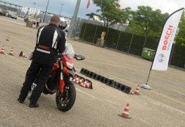 Guida sicura su strada con Bosch e Ducati