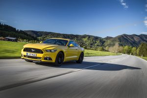 FordMustang_Fastback-Yellow_01