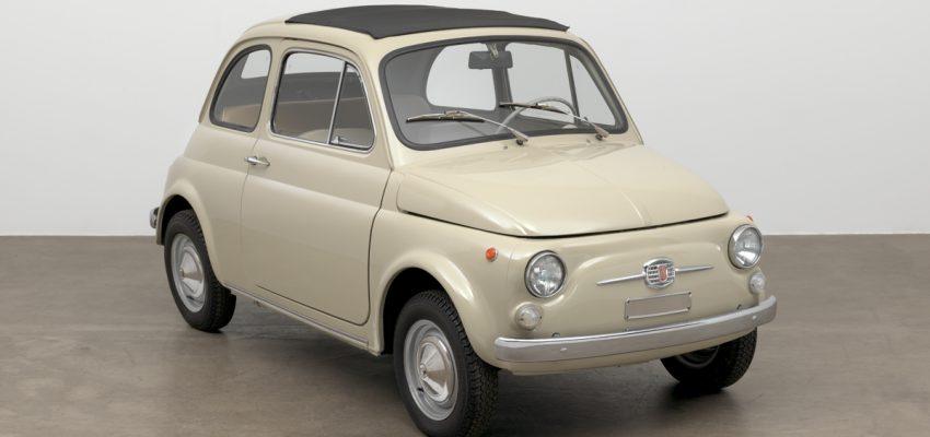 La Fiat 500 compie 60 anni e anche il MoMa si inchina