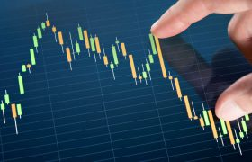 L'auto movimenta la Borsa, stime positive