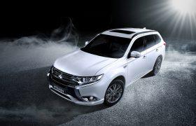 Mitsubishi Outlander PHEV: comfort ibrido a trazione integrale