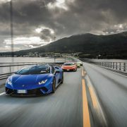 Lamborghini in passerella tra i fiordi norvegesi