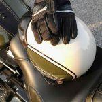 HarleyDavidson_Heritage_Helmet_&_gloves_06_2018