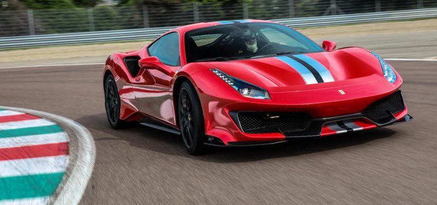La cinquantesima spider della Ferrari