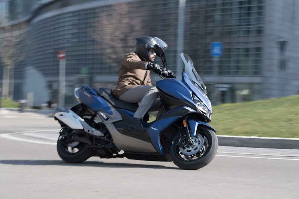 Kymco_Xciting-400S_01-2018