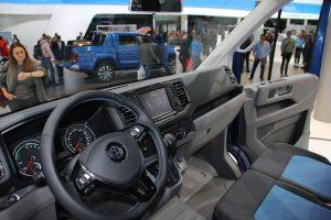 Volkswagen-e-Crafter-03-interni-2018