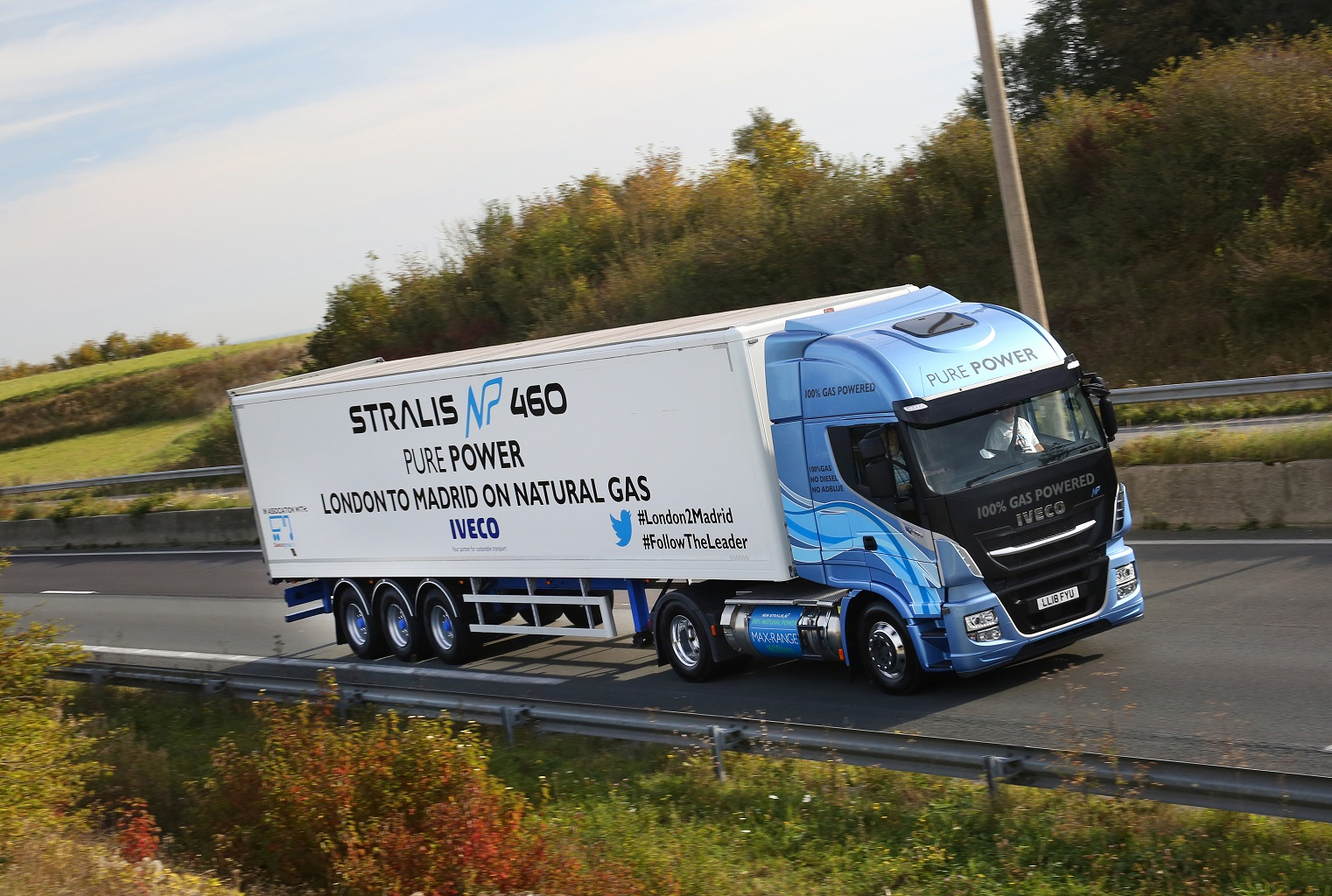 The IVECO Stralis NP 460hp travelled 1,728km by road from London to Madrid, on a single fill of LNG – demonstrating the suitability of natural gas-powered vehicles for domestic and European road transport.