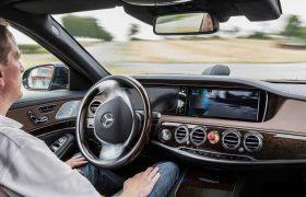 La guida autonoma approda a…