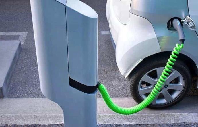 Auto-elettrica-2019