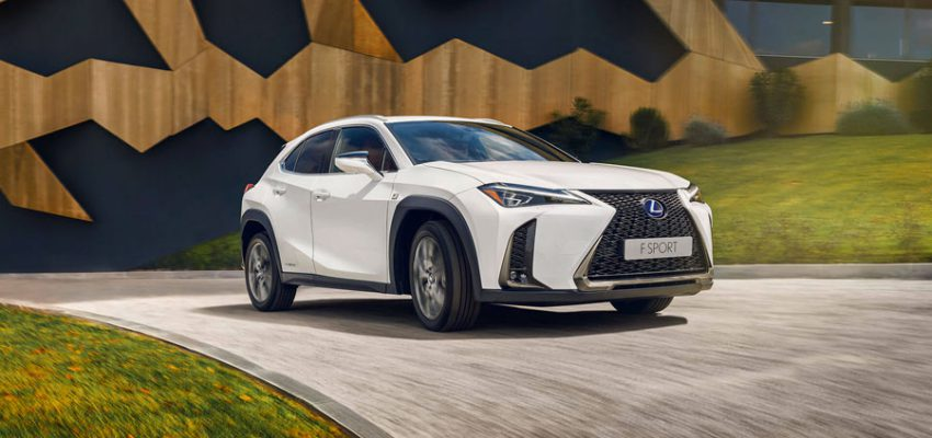 Lexus UX, il primo crossover del brand giapponese