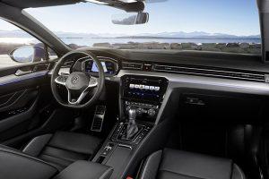Volkswagen-Passat-03-interni-2019
