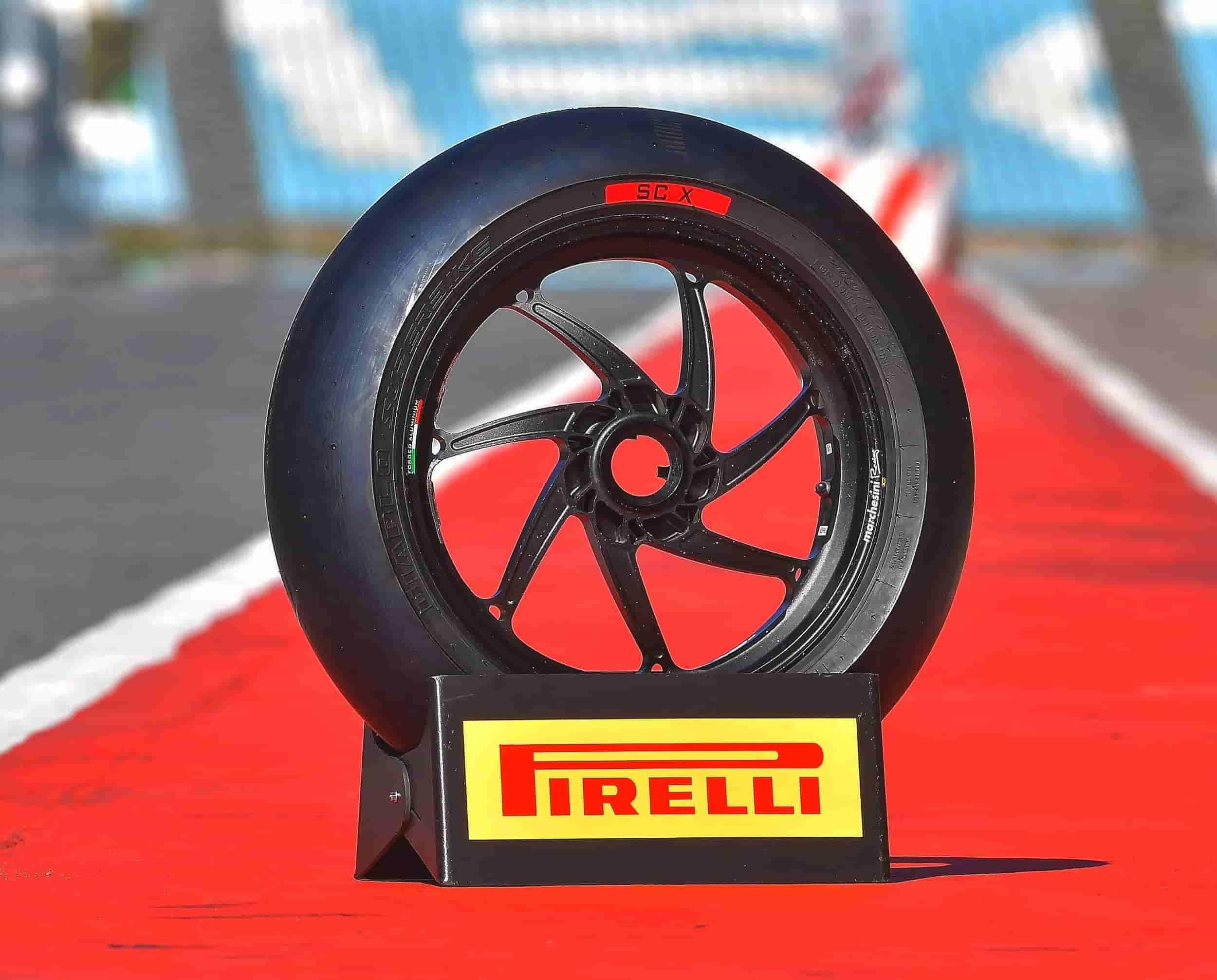 pirelli-diablo-superbike-scx-2019-min
