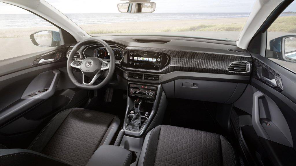volkswagen-t-cross-03-interni-2019.jpg