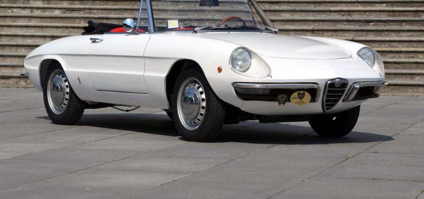 Legend Cars: la storia dell'automobile in 100 modelli
