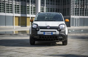 190404_Fiat_Panda_Connected_By_Wind_18