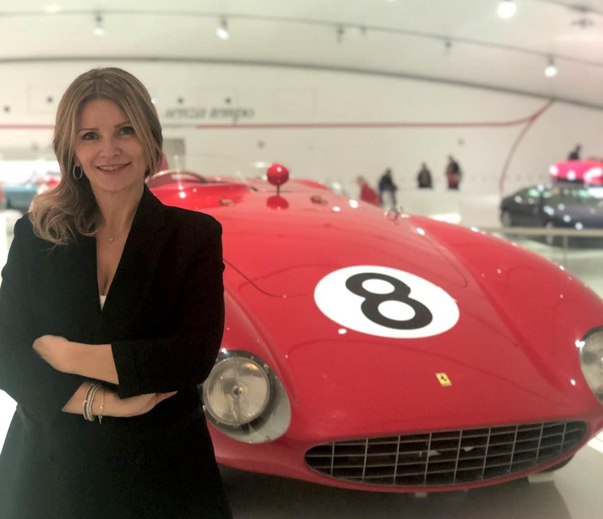 Museo-Nicolis-Comunicare-L-Automobile-Oggi-Museo-Enzo-Ferrari-Silvia-Nicolis-ph-Museo-Nicolis-2019