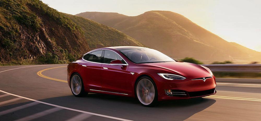 Tesla_2019