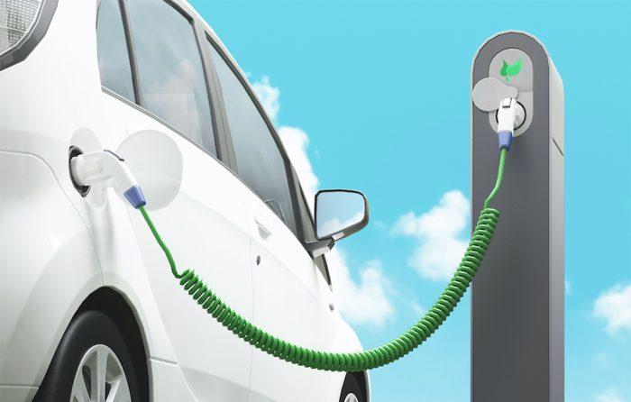 auto-elettrica-ricarica-2019