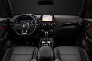 2_fila_03_3---6pm-CET---New-Nissan-JUKE-Unveil--Red-Static-Studio---13-source