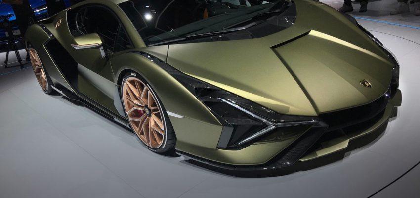 Lamborghini Siàn, un fulmine da 2 milioni di euro
