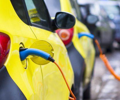 """Facile.it: """"In Italia solo lo 0,66% dei veicoli è elettrico"""""""