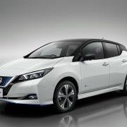 Nissan: accelera la diffusione elettrica