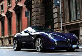 Alfa Romeo 8C Competizione: pezzo unico