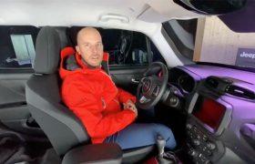Jeep tra la neve: come funziona la Renegade ibrida plug-in