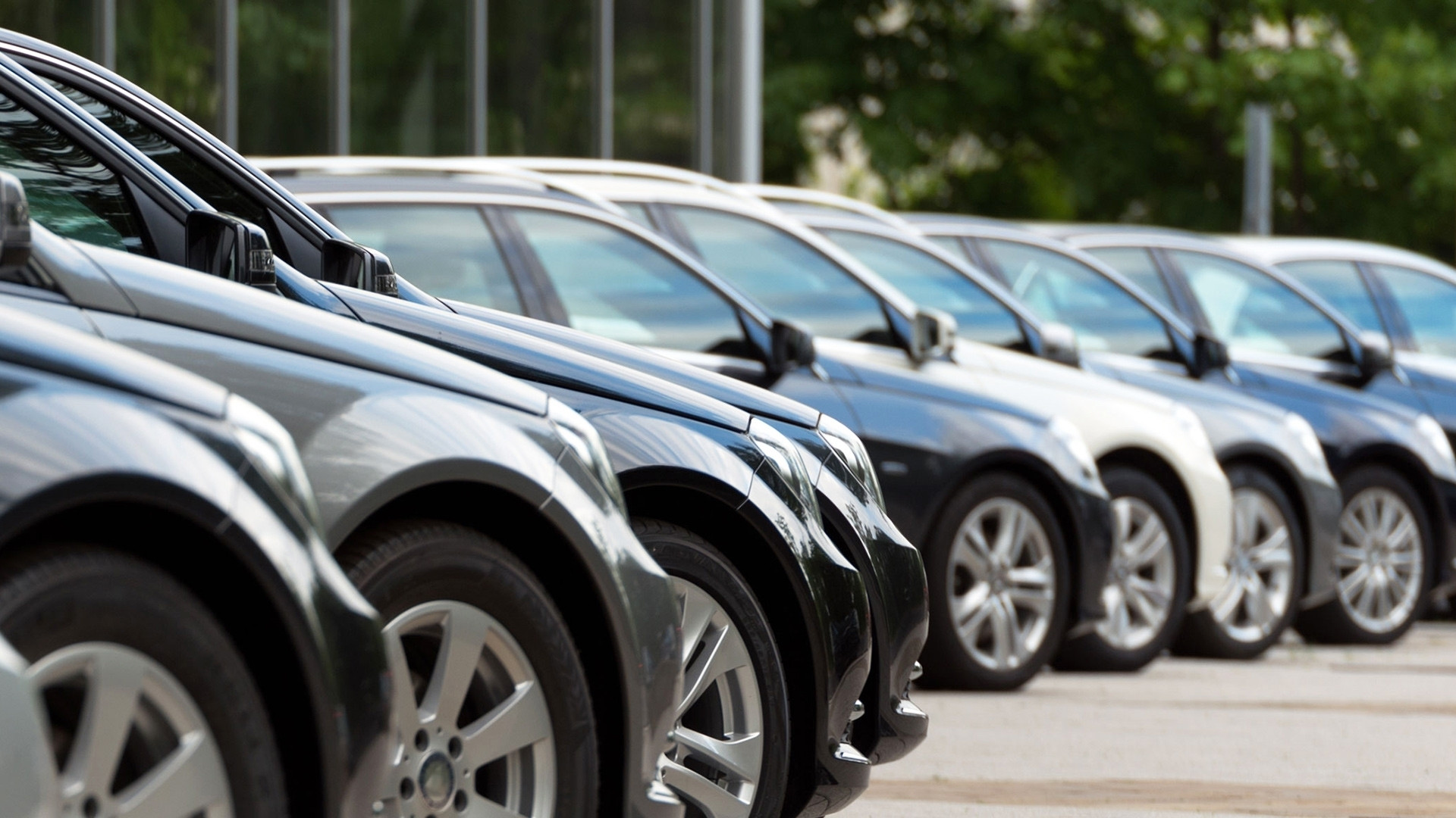 copertina-vendite-auto-crescono-le-aziende-a-scapito-dei-privati