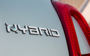 Fiat-500-Hybrid_08