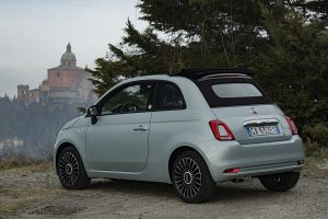 4-SECONDA FILA-Fiat 500 and Panda Hybrid Launch Edition Media Drive (11)