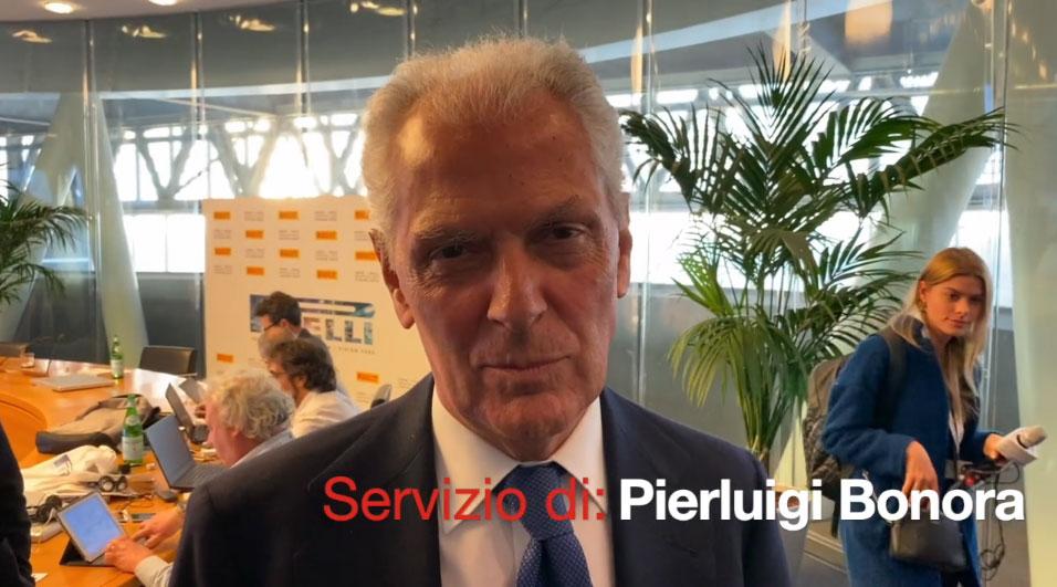 Pirelli e il futuro: sostenibilità, pneumatici hi-tech e auto elettrica