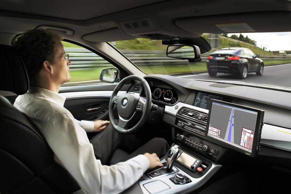 La_vera_superstrada_delle_driverless_car-4-1125x750