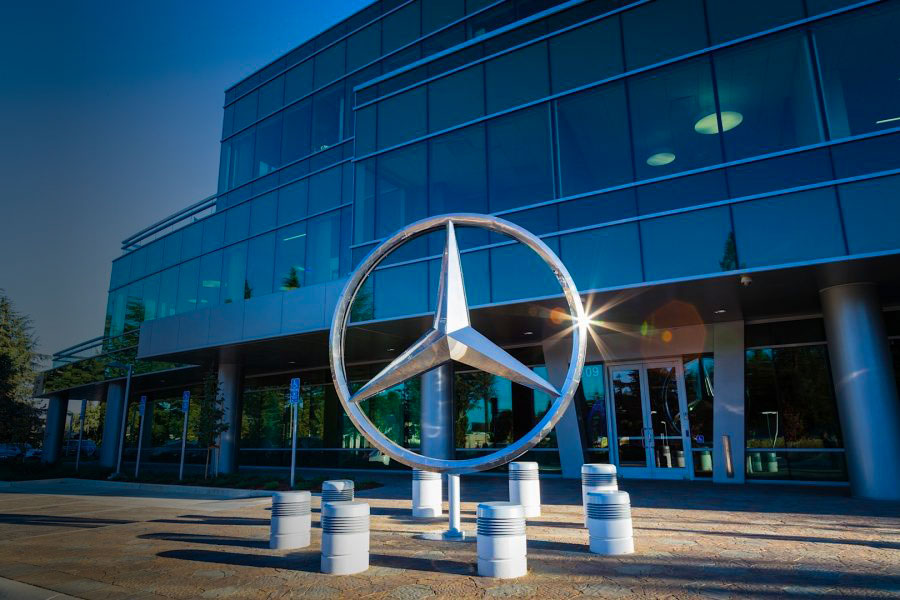 id-76618-mercedes-benz-opens-new-headquarters-and-r-d-center-in-silicon-valley-photo-gallery_14-e1512149139289