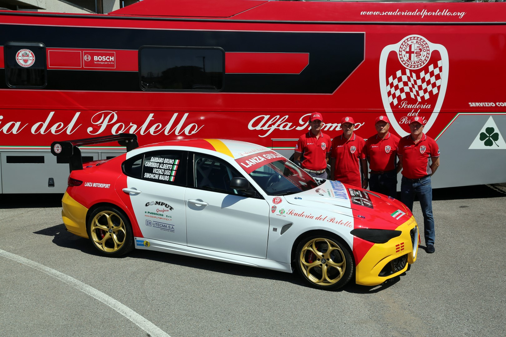 Foto-Campi_Team-Scuderia-del-Portello_Giulia-Lanza-Motorsport_24HNring2020