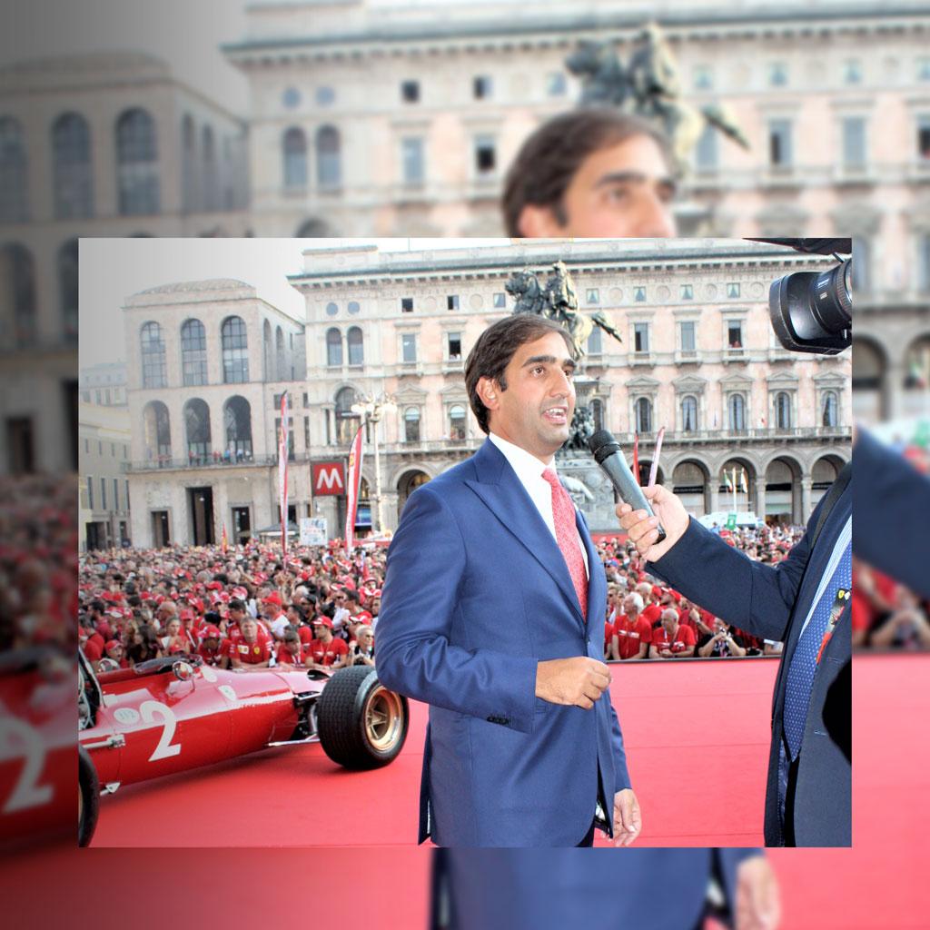 Geronimo-La-Russa-in-p.zza-Duomo-x-il-90°-Ferrari