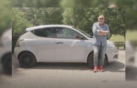 Lancia Ypsilon Ecochic: ibrida e glamour