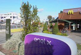 Enel X: con McDonald's 200 punti ricarica per auto elettriche