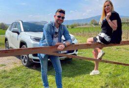 Suzuki Across, con Elena Giaveri e Matteo Ferrari