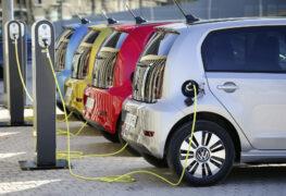 Auto elettrica: l'opinione di Altroconsumo